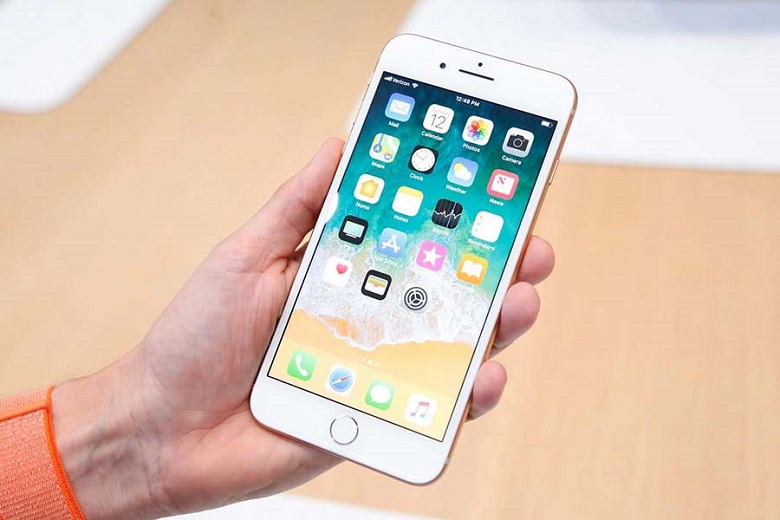 mua iPhone 8 Plus tại Viettablet
