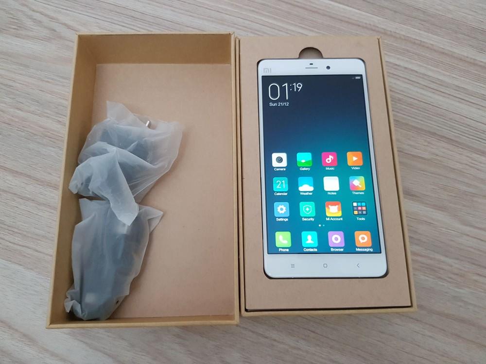 Hộp đựng Xiaomi Mi Note và phụ kiện kèm theo