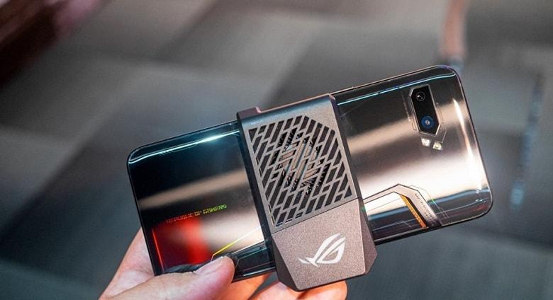 tản nhiệt trên ASUS ROG Phone 2