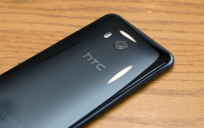 Khung viền của HTC U11