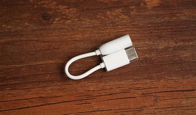 Jack chuyển đổi từ USB Type-C sang 3.5 mm trên LeEco Le Pro 3