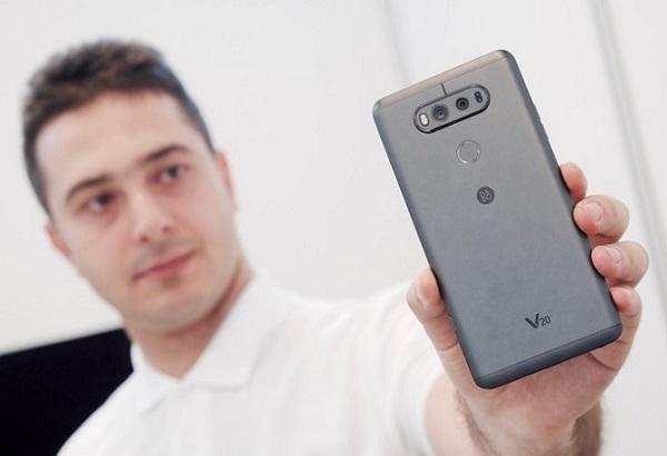 LG V20 giá rẻ có ngôn ngữ thiết kế vuông vức và cứng cáp