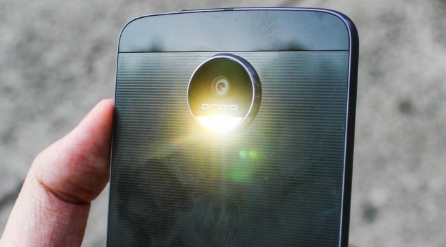 Motorola Moto Z cũ hỗ trợ quay phim chuẩn 4K