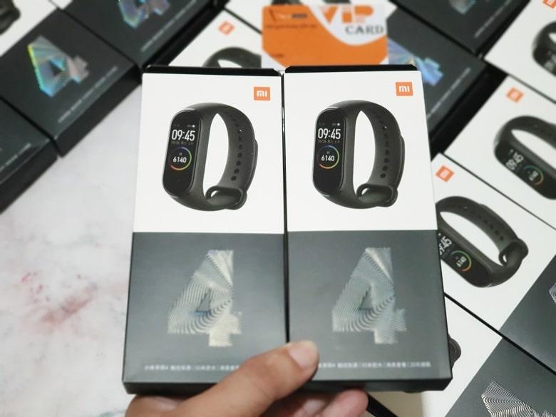 hộp đựng của Xiaomi Mi Band 4
