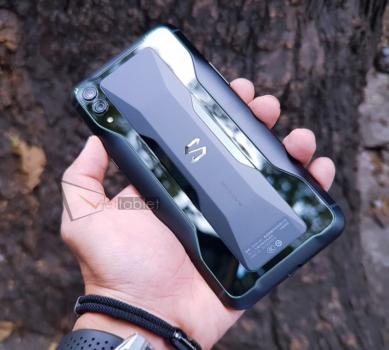 thiết kế của Xiaomi Black Shark 2 RAM 6GB - 128GB