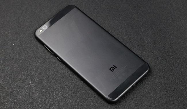 Xiaomi Mi 5c có thiết kế sang trọng