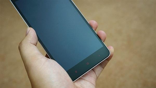 Màn hình Full HD ấn tượng trên Xiaomi Redmi Note 2 cũ