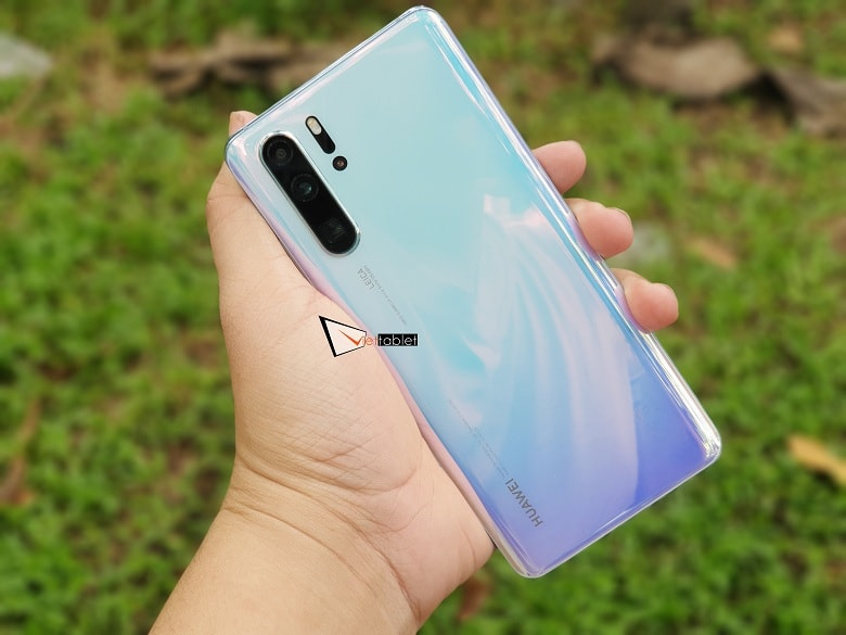 trên tay Huawei P30 Pro chính hãng