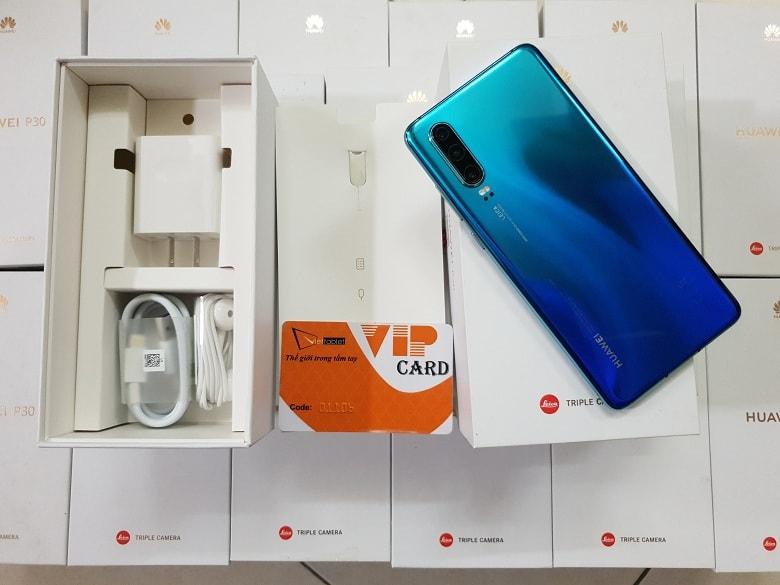 mở hộp Huawei P30 chính hãng