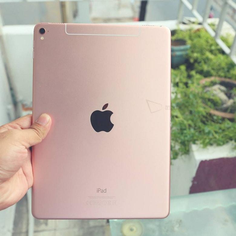 thiết kế iPad Pro 9.7 32/128 GB 2016 Like New