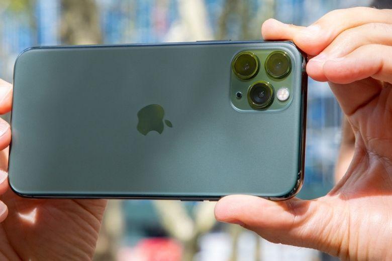 thiết kế iPhone 11 Pro trôi bảo hành