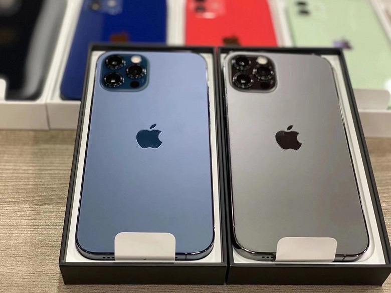 iPhone 12 Pro 256GB chính hãng màu xanh và xám