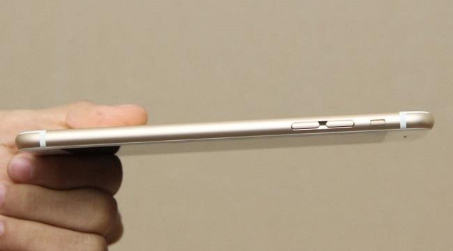 iPhone 6S Plus Lock có kích thước 158.2 x 77.9 x 7.3 mm và nặng192 g