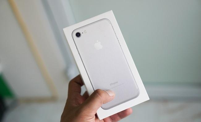 iPhone 7 Lock về Việt Nam