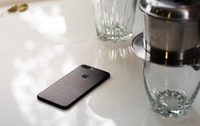 Mặt lưng iPhone 7 Plus cũ