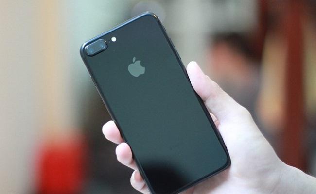 iPhone 7 Plus xách tay bổ sung màu Jet Black mới