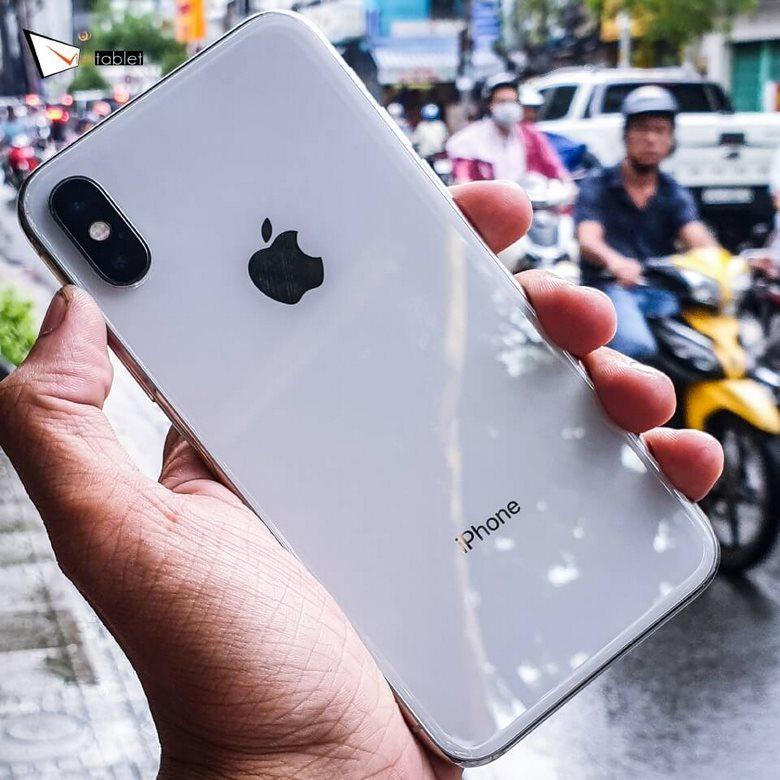ngoại hình iPhone X cũ