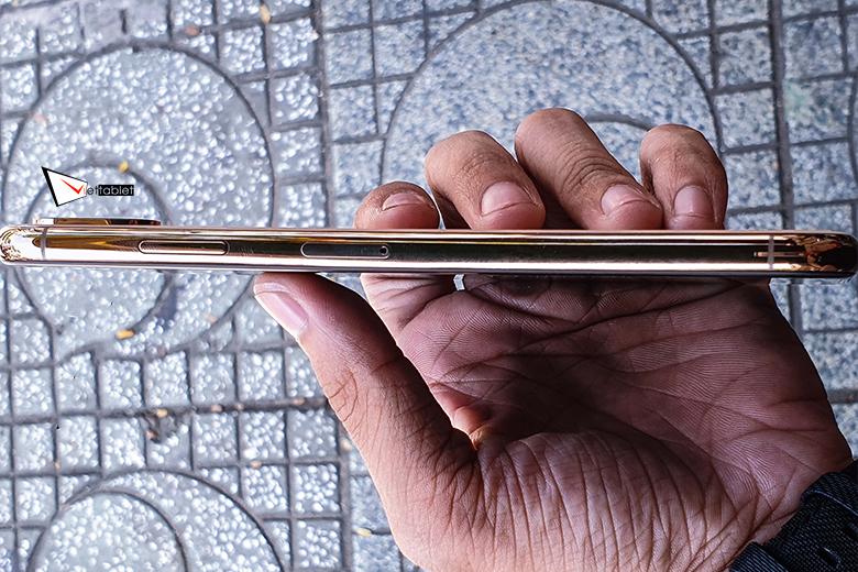 iPhone XS 256GB mới TBH cạnh