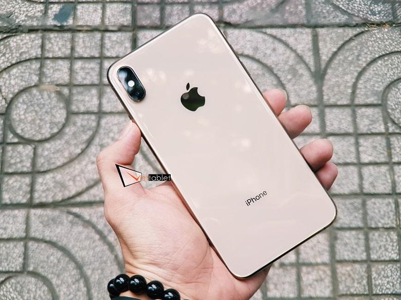 thiết kế của iPhone XS Max 256GB cũ:
