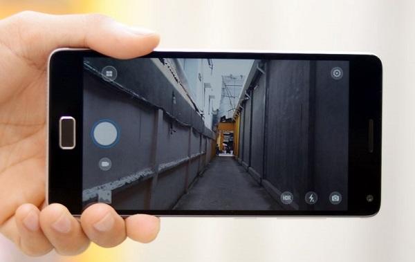 Giao diện chụp ảnh của Lenovo Vibe P1