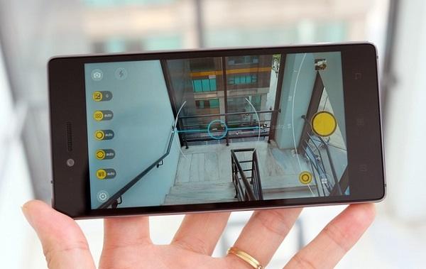 Giao diện chụp ảnh của Lenovo Vibe Shot