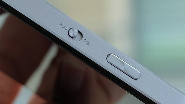 Lenovo Vibe Shot có thêm nút chụp ảnh