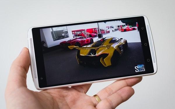 Màn hình Lenovo Vibe X3 cán mức độ phân giải Full HD