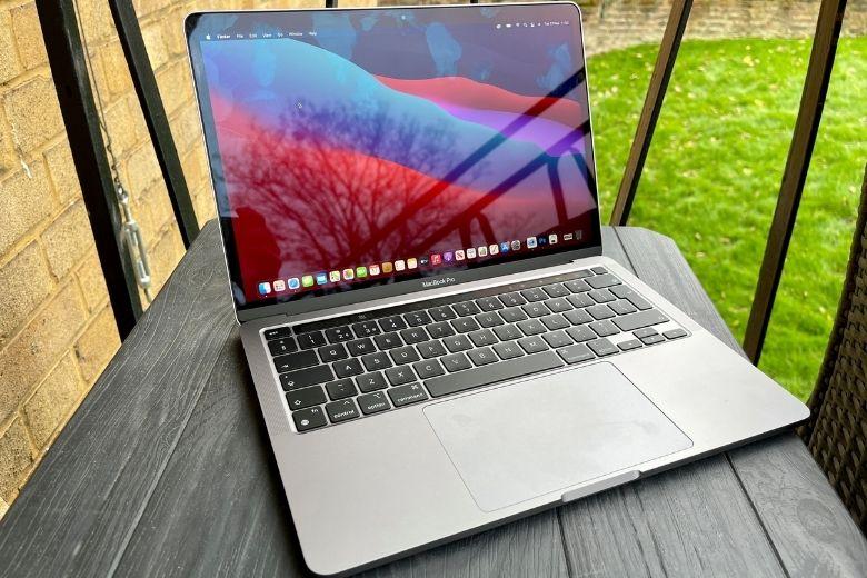 màn hình MacBook Pro 13 inch 2020
