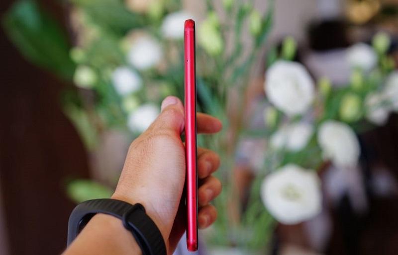 Meizu Pro 7 có kích thước khá mỏng