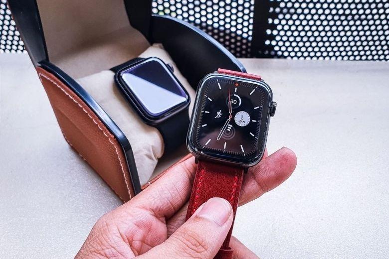 Apple Watch SE 40 mm chính hãng màn hình