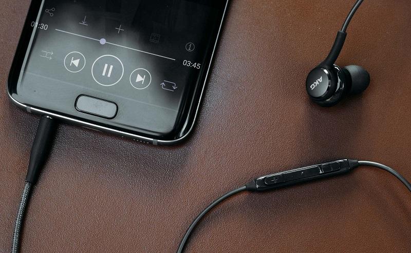 chất lượng tai nghe AKG