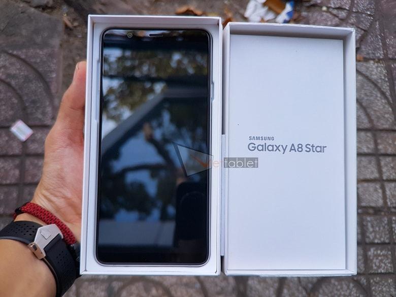 Hộp đựng Galaxy A8 Star
