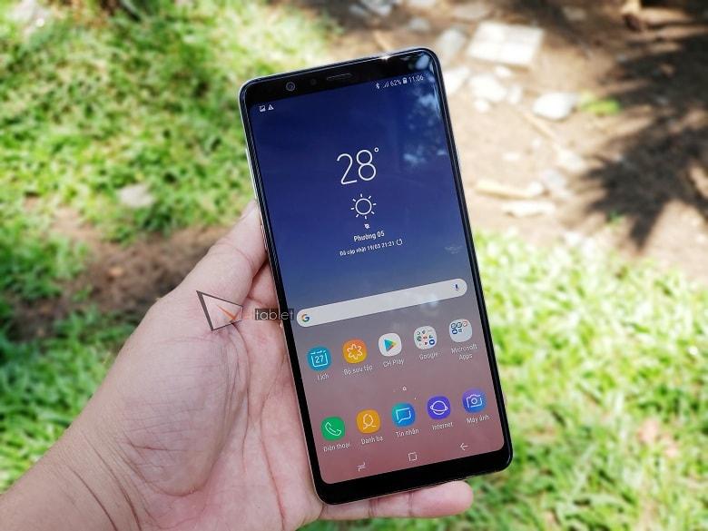 Màn hình Samsung Galaxy A8 Star