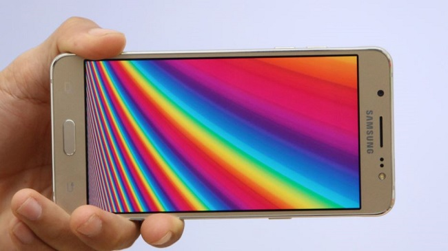 Màn hình Samsung Galaxy J5 2016 cán mức HD
