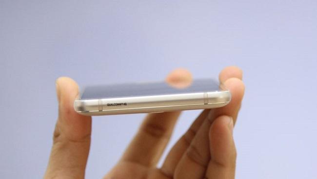 Samsung Galaxy J5 2016 có số đo kích thước là 145.8 x 72.3 x 8.1 mm và nặng 159 g