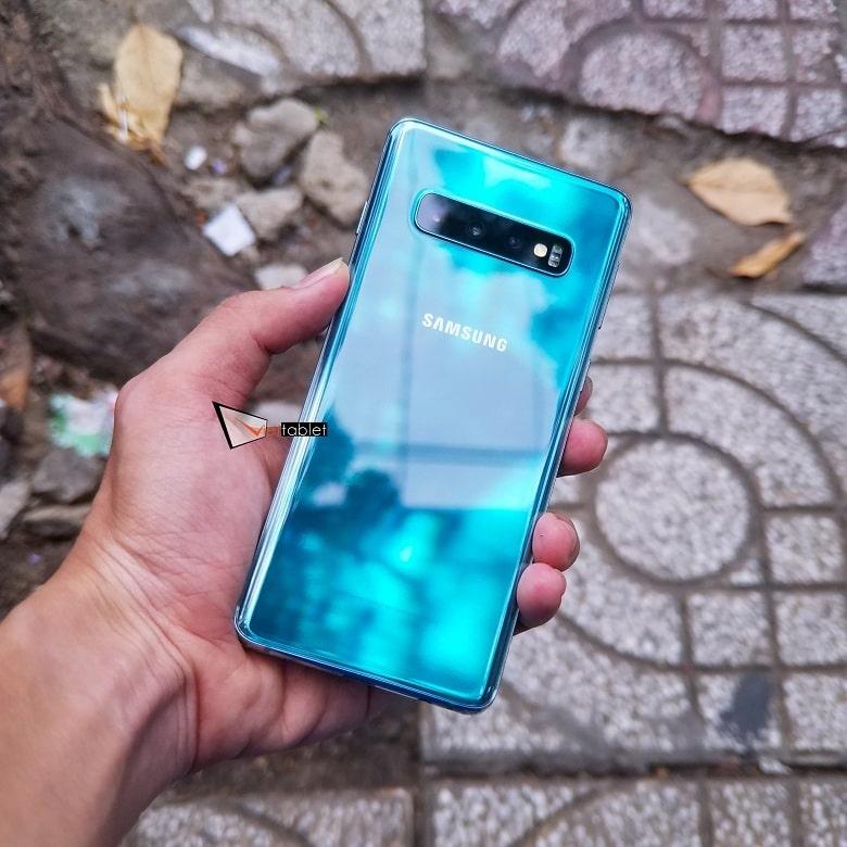 Trên tay Samsung Galaxy S10 8GB - 128GB Hàn Quốc
