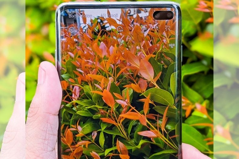 Samsung Galaxy S10+ màn hình