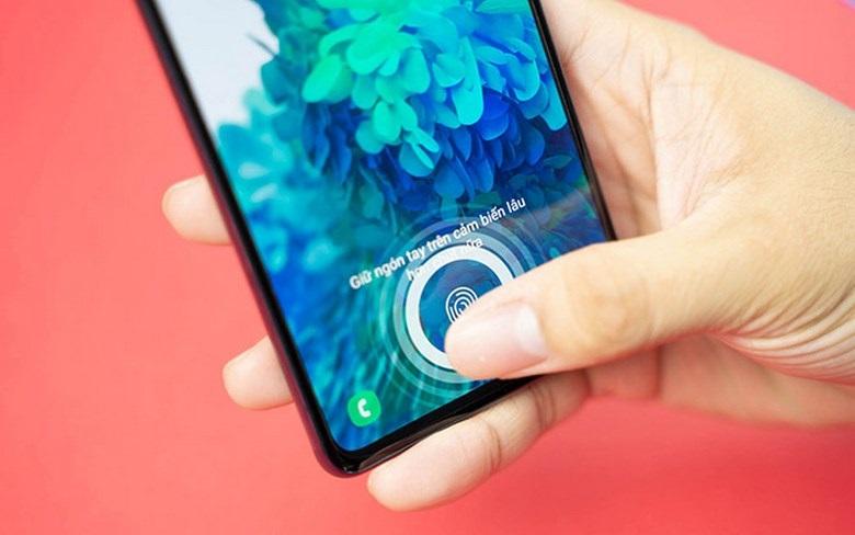 vân ta dưới màn hình Samsung Galaxy S20 chip Mỹ