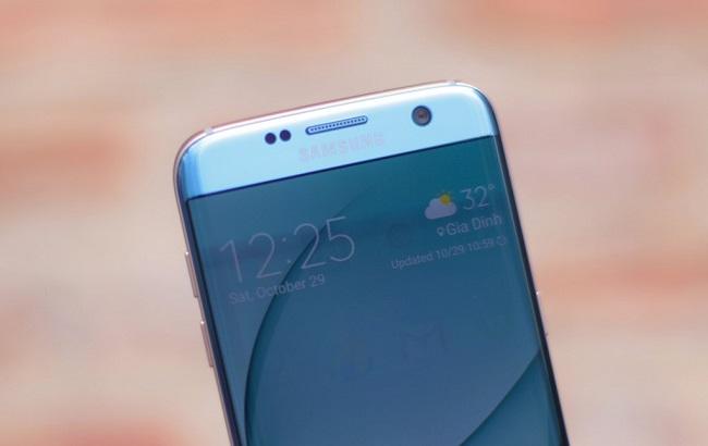 Màn hình Samsung Galaxy S7 Edge Xanh San Hô cán mức 2K