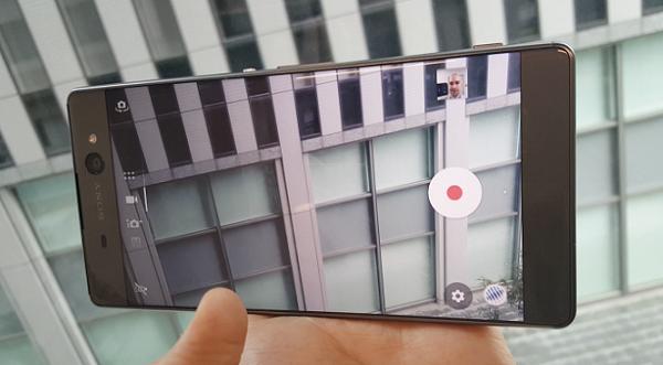 Giao diện chụp ảnh trên Sony Xperia XA Ultra
