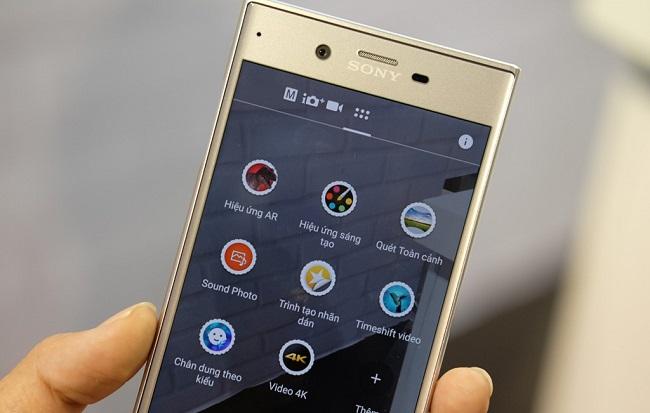Sony Xperia XZ mặt trước