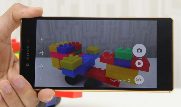 Giao diện chụp ảnh của Sony Xperia Z5 Premium