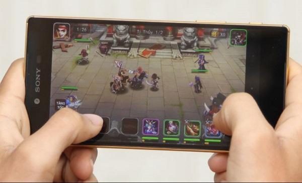 Chơi game nặng thỏa thích trên Sony Xperia Z5 Premium