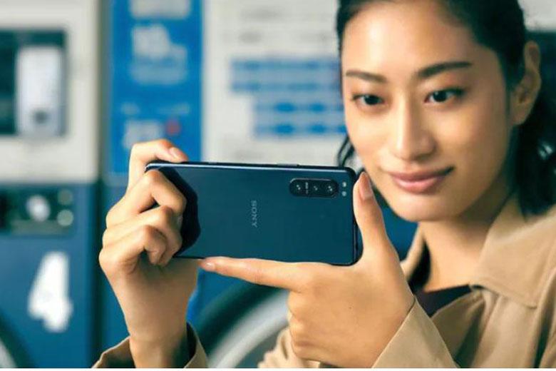 Sony Xperia 5 II chính thức ra mắt