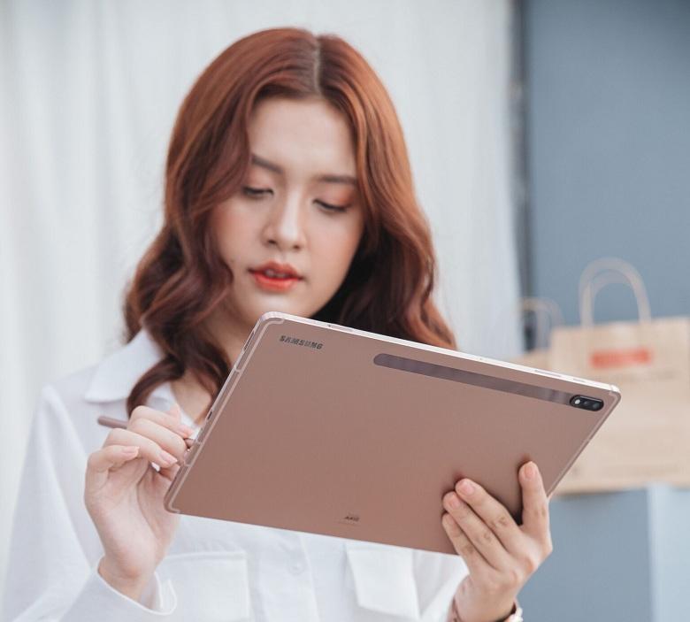 thiết kế Samsung Galaxy Tab S7 Plus