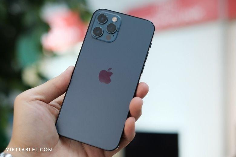 trên tay iphone 12 pro tại việt nam
