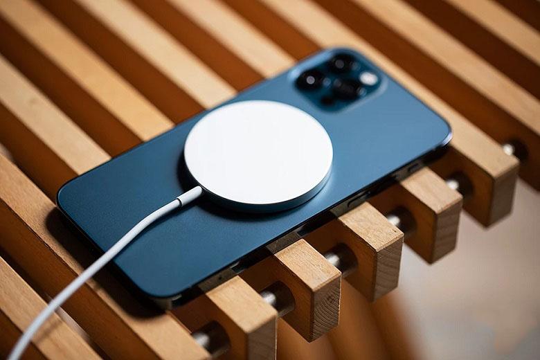 iphone 12 pro sạc magsafe