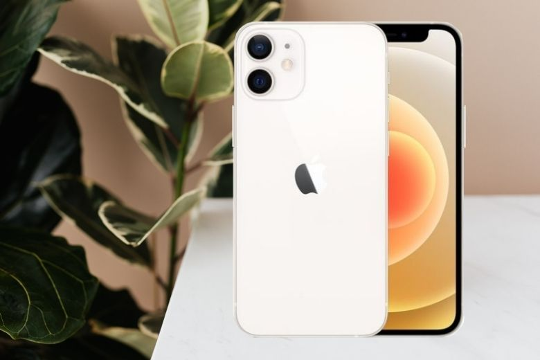 iPhone 12 màu trắng