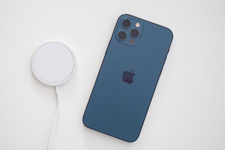 pin iphone 12 pro bao nhiêu mah