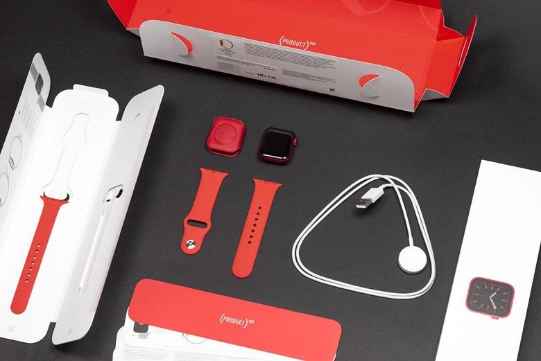 trên tay Apple Watch Series 6 màu đỏ